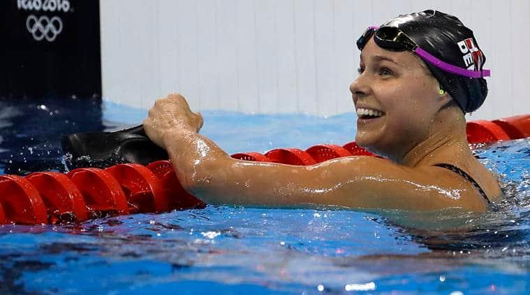 US women win gold in 4x100-meter medley relay