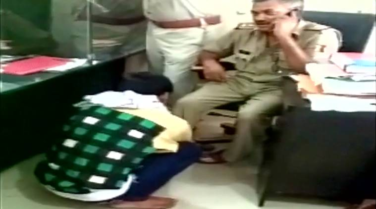 policeman gets foot massage, policeman gets foot massage in station, video of policeman gets foot massage, policeman gets foot massage viral video, police viral video