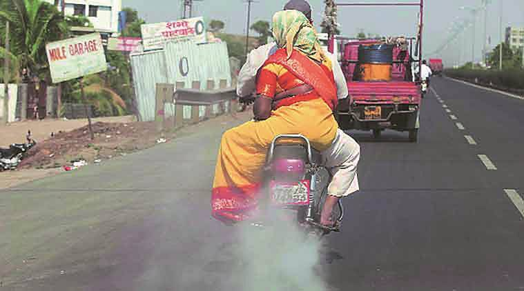 pollution affects child's iq, study finds exposure of pregnant mother to pollution affects iq of child, pollution effects, pollution research, pollution studies, india news