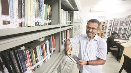 One man's interest in science opens 5,000 books to public
