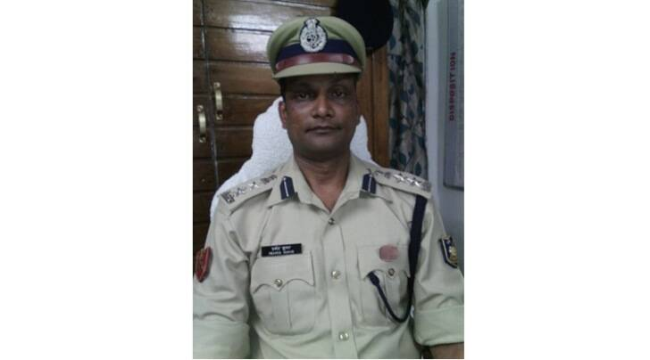 CRPF commandant Pramod Kumar (Photo: Twitter/CRPF)