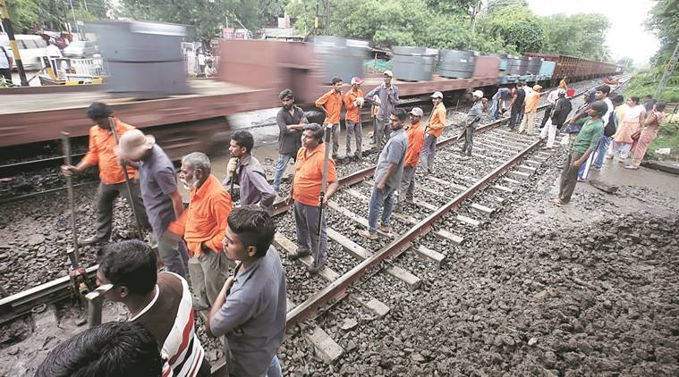 Indian railways, Indian railway tracks,  railway tracks, clean railway tracks, green corridor tracks, free discharge railway tracks, latest news, indian express, india news