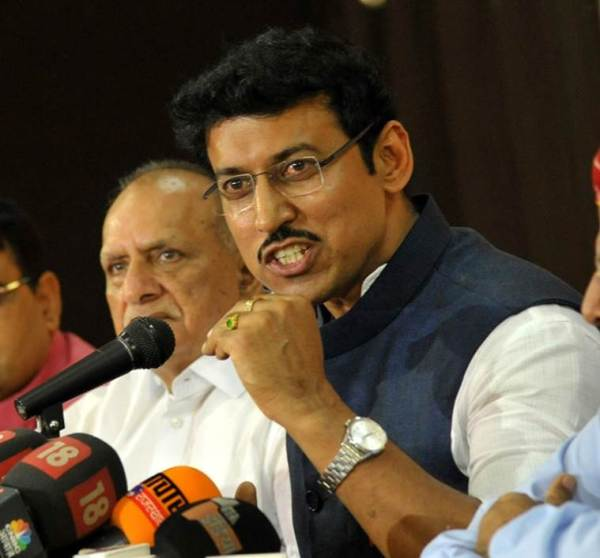 Union Minister Rajyavardhan Singh Rathore Addressing the Press Conference at BJP Office in Jaipur. Express Photo by Rohit Jain Paras.