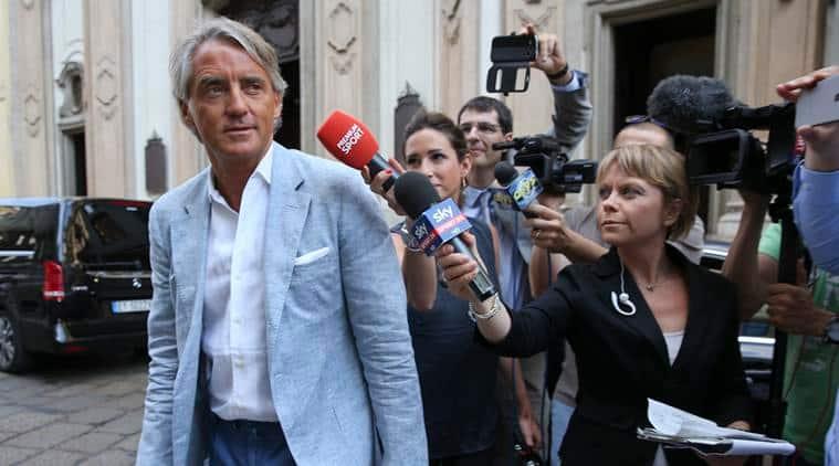 Roberto Mancini, Roberto Mancini Inter milan, Roberto Mancini Inter Milan Coach, Mancini, Inter Milan, Roberto Mancini manager, Roberto Mancini career, Football, football news