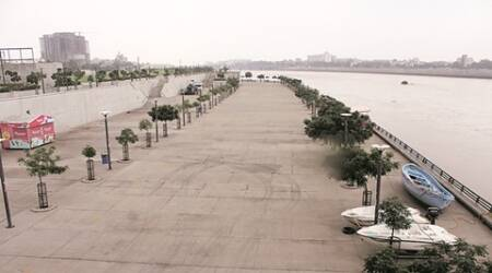 Sabarmati in full flow, Ahmedabad Municipal Corporation closes riverfront