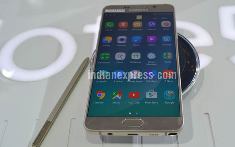 Samsung, Samsung Galaxy Note 7, Samsung Galaxy Note 5, Samsung Galaxy Note 7 vs Galaxy Note 5, Samsung Galaxy 7 vs Note 5 which one to buy, Samsung Galaxy Note 7 specifications, Samsung Galaxy Note 7 price, smartphones, Android, mobiles, Samsung Unpacked 2016, tech news, technology
