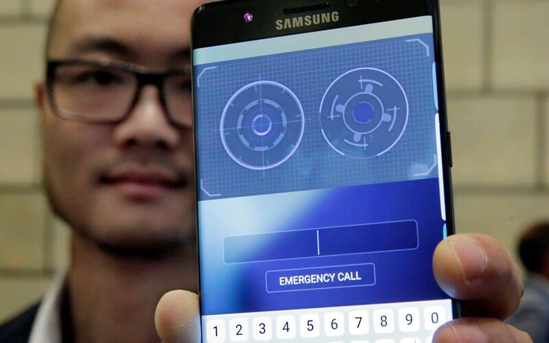 Samsung Galaxy Note 7 is the first Android smartphone to feature an iris scanner (Source: AP)