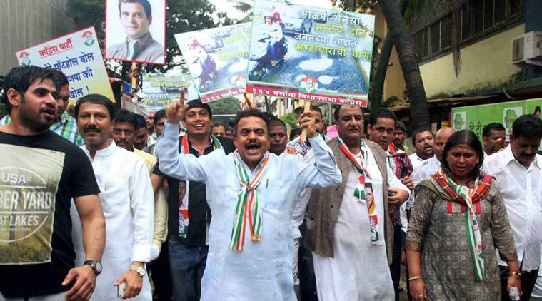 Mumbai: Mumbai Congress President Sanjay Nirupam during North-West Mumbai District Congress Jan Jagruti Padyatra in Mumbai on Sunday. PTI Photo (PTI8_28_2016_000208B)