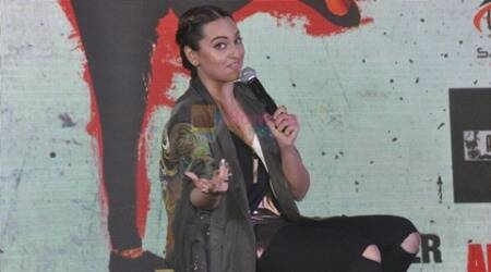 My mom gets worried about controversies: Sonakshi Sinha