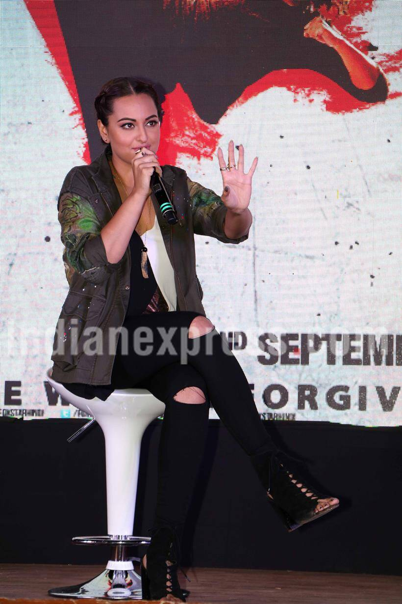 http://images.indianexpress.com/2016/08/sonakshi-sinha-6.jpg?w=820?w=270