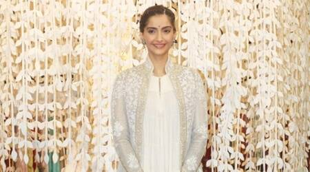 sonam kapoor, loreal paris, hair colour, hair colour styles, hair colour women, lifestyle news, fashion news