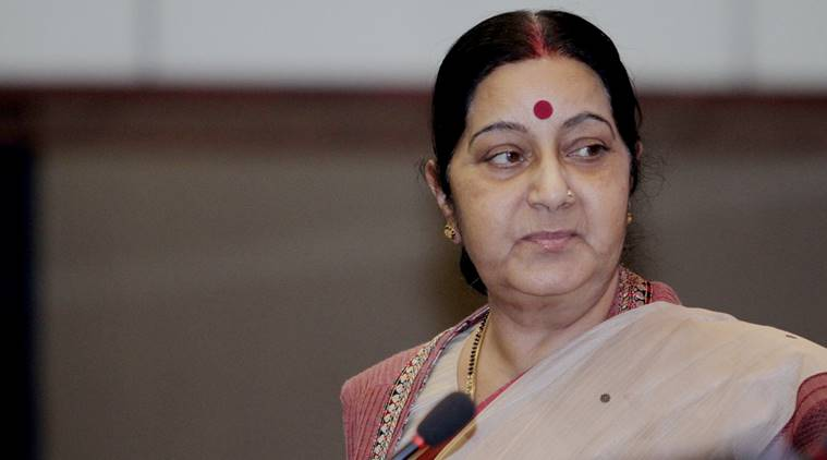 sushma swaraj, sushma swaraj twitter, sushma swaraj helps, sushma swaraj helps mother, sushma swaraj helps woman, india news, indian express news