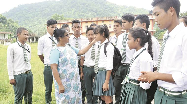 teachers day, teachers day in india, teachers day in national award, National awards President of India, primary education in india, india news, indian express,