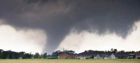 'Extremely dangerous' tornado near Indianapolis: US Weather Service
