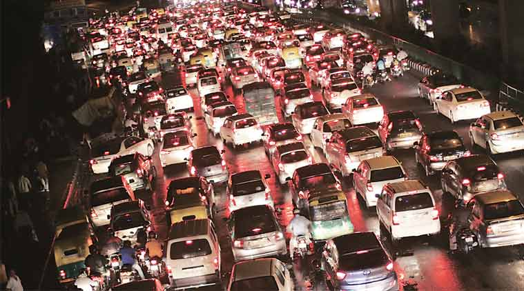 Traffic snarl at Mathura road on Monday. (Express Photo: Oinam Anand)