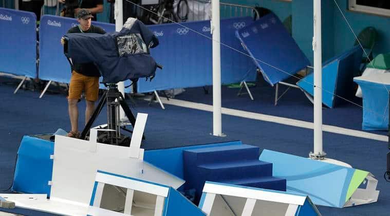 Overheas tv camera falls down, overhead TV camera Rio 2016 Olympics, Camera Falls down, Rio 2016 Olympics, Rio 2016, Rio, Olympics, Camera