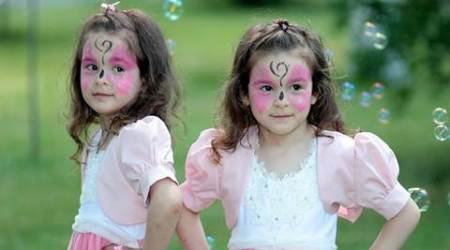 identical twins benefits, twins life expectancy, healthy twins, friendship between twins, twins live longer