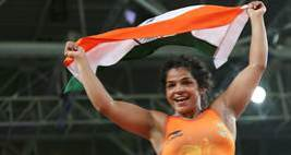 Sakshi Malik Gets a Rousing Welcome On Returning Home