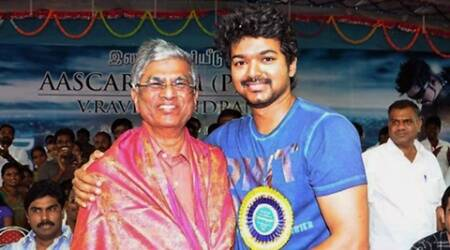Vijay, Vijay father, SA Chandrasekhar, Vijay father injured, Vijay father hospitalised, Vijay father hospital, Vijay father slipped, Vijay father fell, S.A. Chandrasekhar hospitalised, S.A. Chandrasekhar hospital, S.A. Chandrasekhar injured, Entertainment, tamil director S.A. Chandrasekhar, Kollywood news, Entertainment