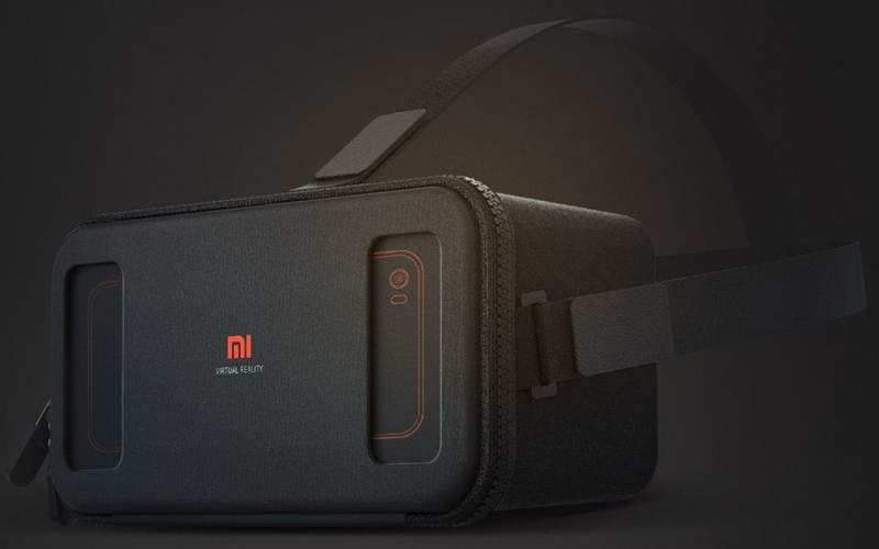 Xiaomi Mi VR is a basic VR headset that supports smartphones with screen sizes ranging from 4.7-inch to 5.7-inch (Source: Xiaomi)