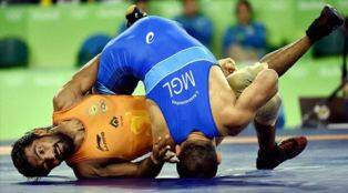 Yogeshwar Dutt loses in qualification round: Who said what onTwitter
