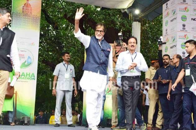 amitabh bachchan, swatchh bharat, clean india, maharashtra chief minister, Devendra Fadnavis, bollywood news, social cause