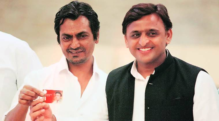 akhilesh yadav, uttar pradesh, uttar pradesh elections 2017, akhilesh yadav nawazuddin siddiqui launch insurance scheme, up elections 2017, up sp, up akhilesh, india news, indian express