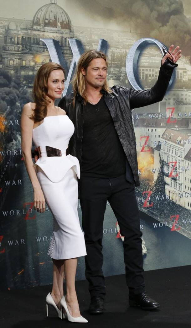 Angelina Jolie, Angelina Jolie divorce, Angelina Jolie divorce brad pitt, Angelina Jolie brad pitt files divorce, brad pitt, Angelina Jolie brad pitt divorce filed, Brangelina divorce, Brangelina, Angelina Jolie brad pitt separate, Angelina Jolie brad pitt divorce parenting issue, entertainment, indian express, indian express news