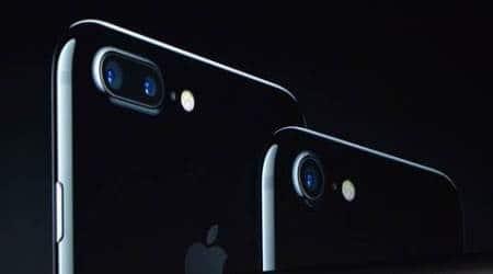 Apple, apple iphone 7, iphone 7 camera, machine learning AI iphone 7, Apple machine learning AI, iphone 7 plus, iphone 7 dual camera, iphone 7 smart camera, iphone 7 bokeh, bokeh effect, iphone 7 camera specs, iphone 7 camera aperture, technology, technology news, indian express