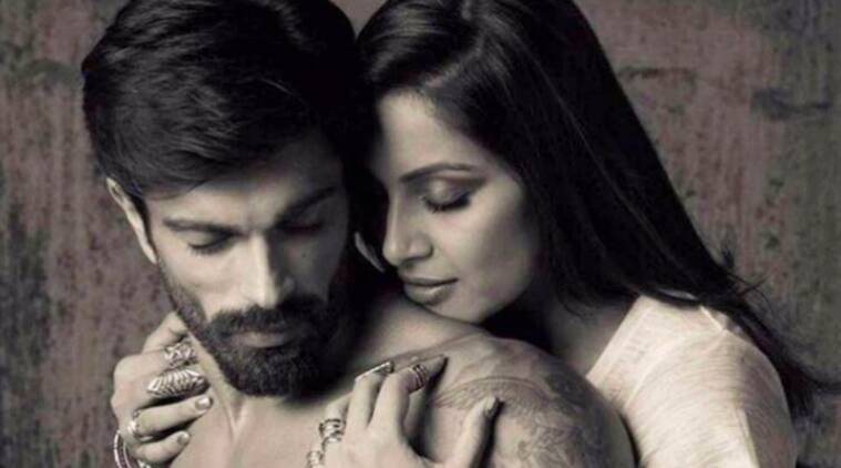 bipasha basu, karan singh grover, bipasha karan monkeyversary, bips karan monkeyversary, bipasha karan picture, bips KSG, bipasha karan wedding, bipasha karan televisoon show, bipasha karan tv show, bipasha karan mtv, television news, bollywood couple, star couple, indian express, indian express news