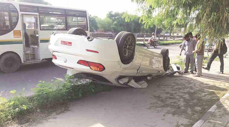 Lodhi Road flyover, delhi accidents, delhi car accidents, delhi roads, accidents, delhi news