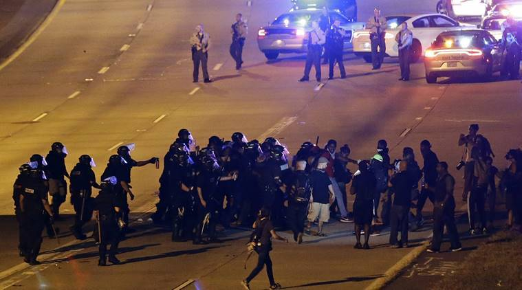 charlotte police shooting, police shooting us, charlotte police shooting video, video police shooting us, nyt video charlotte, keith lamont scott, charlotte police protests, world news, indian express,