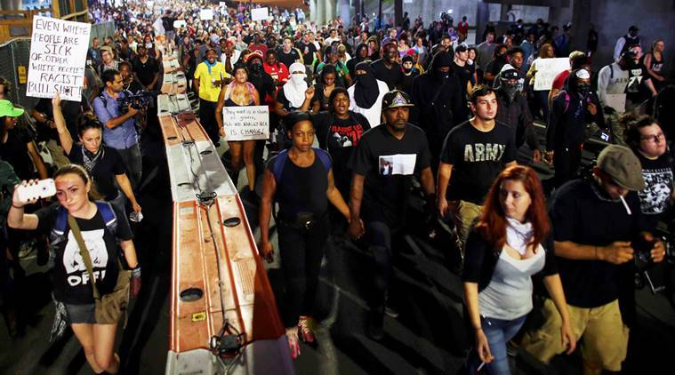 Charlotte police shooting, keith scott shot, keith scott dead, keith scott police shooting, keith scott family, keith scott family video footage, Charlotte united states, Charlotte US protests, US protest, black man shot, police shooting black man, black man shot Charlotte, US african american, african american, World news