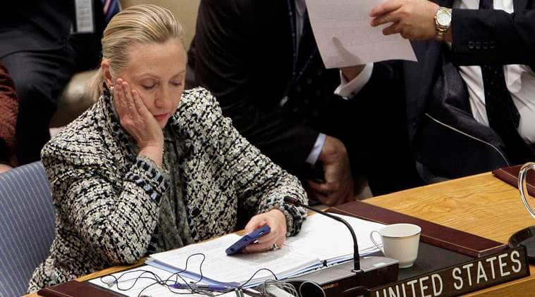 hillary clinton, hillary clinton allows press, hillary clinton plane, us elections 2016, presidential elections 2016, us news, world news