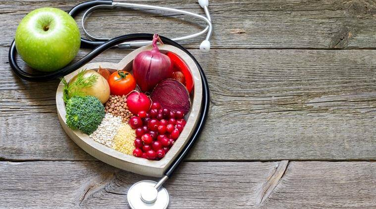 Food plays an important role in maintaining cholesterol. (Source: Thinkstock Images)