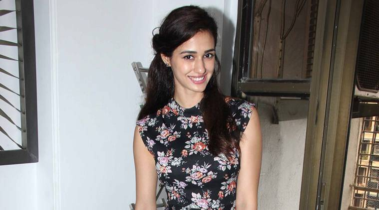 Disha Patani, Disha Patani news, MS dhoni the untold story, dhoni movie, dhoni star cast, dish patani actress, entertainment news, indian express, indian express news