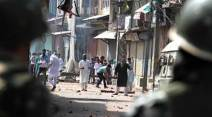 eid, eid celebrations, eid in kashmir, kashmir unrest, kashmir issue, eid in valley, kashmir curfew, curfew in kashmir, kashmir violence, violence in kashmir, kashmir situation, kashmir situation latest update, kashmir situation update, kashmir news, kashmir update, india news, indian express,