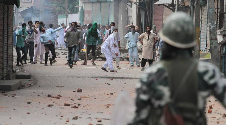 Kashmir, Kashmir violence, Kashmir unrest, omar abdullah, omar abdullah kashmir, eid, eid kashmir, news, indian express news