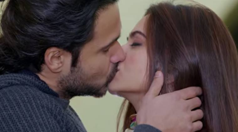 Emraan Hashmi Kissing Pictures