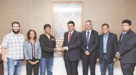 CM Fadnavis in USA: Google to help Mumbai become 'Wi-Fi city'