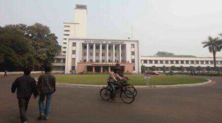 IIT Kharagpur, IIT kharagpur protests, IIT kharagpur hunger strike, hunger strikes, IIT, IIT Kharagpur fee hike, india news, latest news, indian express