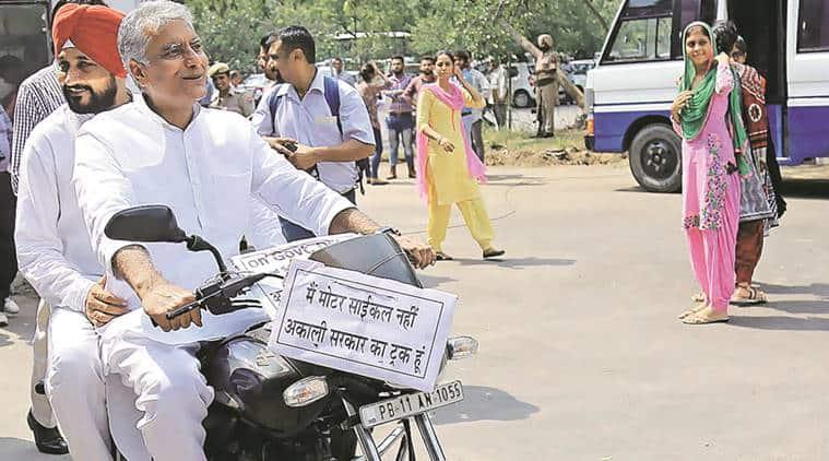Sunil Jakhar, akali dal, sad, punjab elections 2017, clp jakhar, sad government, ccl scam, Charanjit Singh Channi, bike ride, punjab news, indian express news, india news