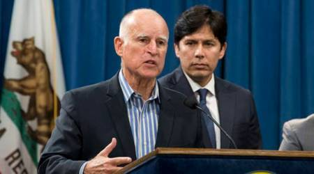 California lawmakers to decide fate of landmark climate law