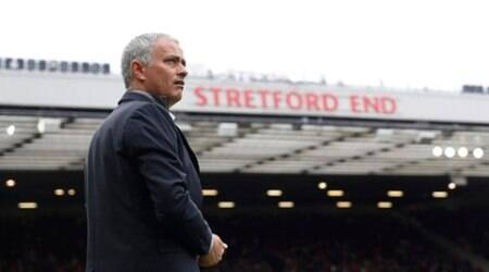macnhester united, manchester united leicester city, jose mourinho, mourinho, manchester united manager, chris smalling, smalling, wayne rooney, rooney, old trafford, manchester united fans, premier league scores, premier league results, premier league, premier league news, football news, sports news