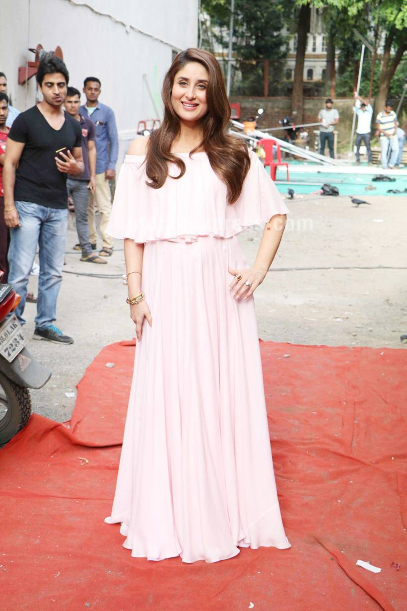 Kareena Kapoor, Kareena Kapoor actress, Kareena Kapoor pregnancy, Kareena Kapoor veere di wedding, Kareena Kapoor upcoming movies, Kareena Kapoor next movie, Kareena Kapoor news, Kareena Kapoor latest news, Kareena Kapoor images, Kareena Kapoor photo gallery, entertainment news, entertainment photos