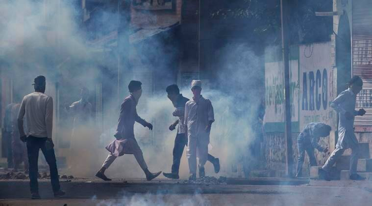 kashmir, kashmir unrest, kashmir protest, kashmir killing, youth killed kashmir youth killed, youth killed in custody, police custody death, custodial death, mansoor ahmad lone death, burhan wani killing, kashmir curfew, kashmir updates, indian express news, india news, latest news