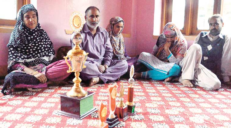 Family of Afroz Ahmad, one of the two policemen killed in current unrest