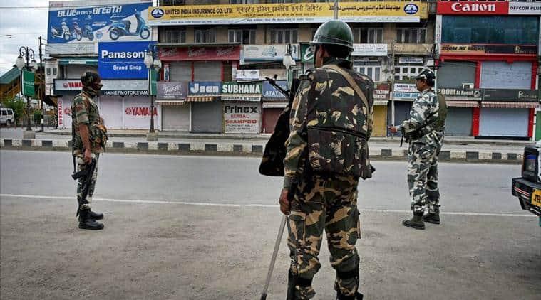 kashmir curfew, curfew in kashmir, kashmir unrest, kashmir protests, srinagar condition, srinagar market, srinagar municipal corporation, burhan wani, india news