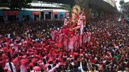 prayers, pandals, pujos, durga puja, india festivals, india news