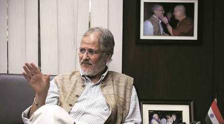 Najeeb Jung, Lt Governor Jung, Delhi Lt Governor, Delhi dengue, Chikangunya, NDMC, New Delhi municipal corporation, civic bodies, clean, cleanliness, garbage dumps, garbage, Raj Niwas, meeting, india news, indian express